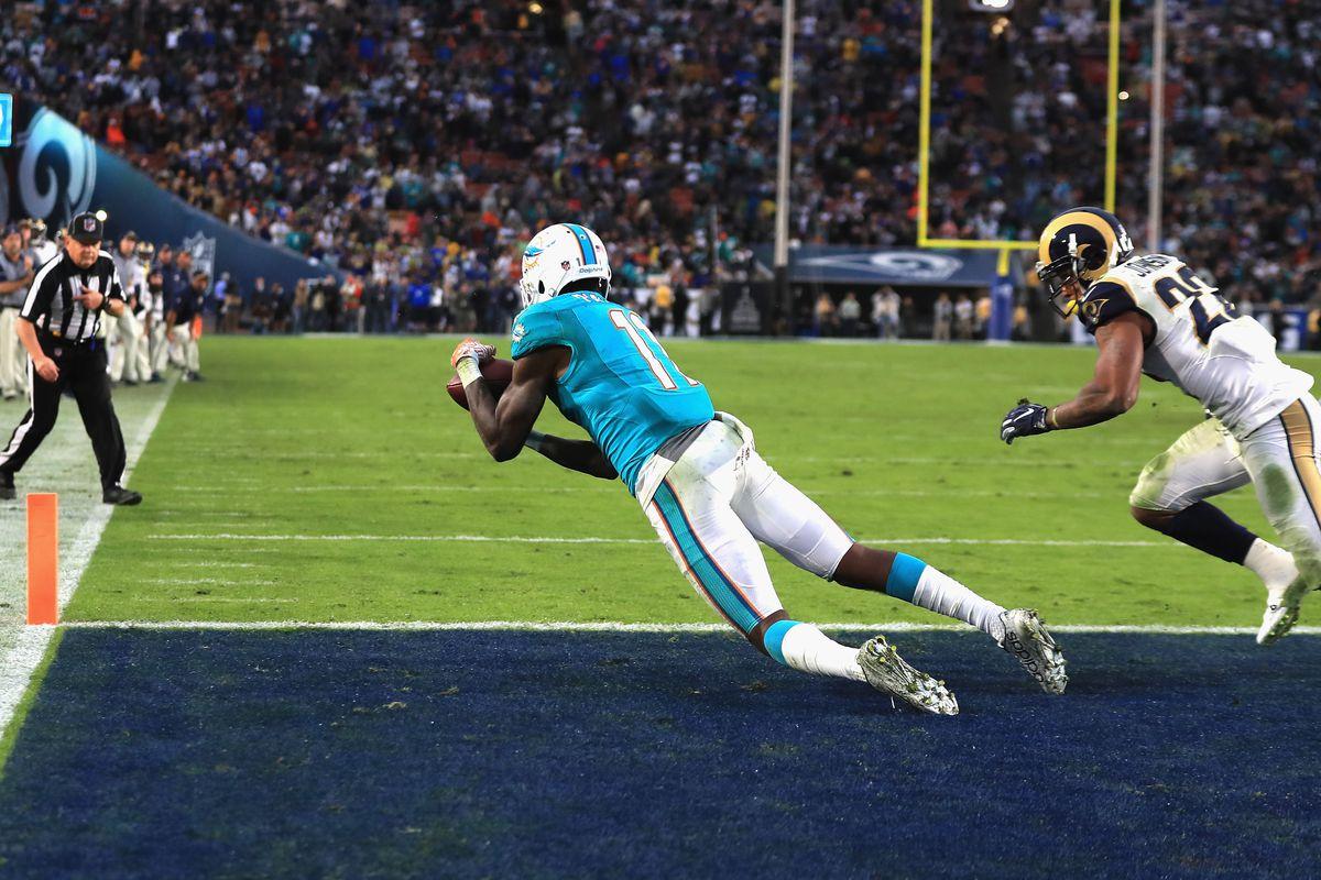 Miami Dolphins v Los Angeles Rams