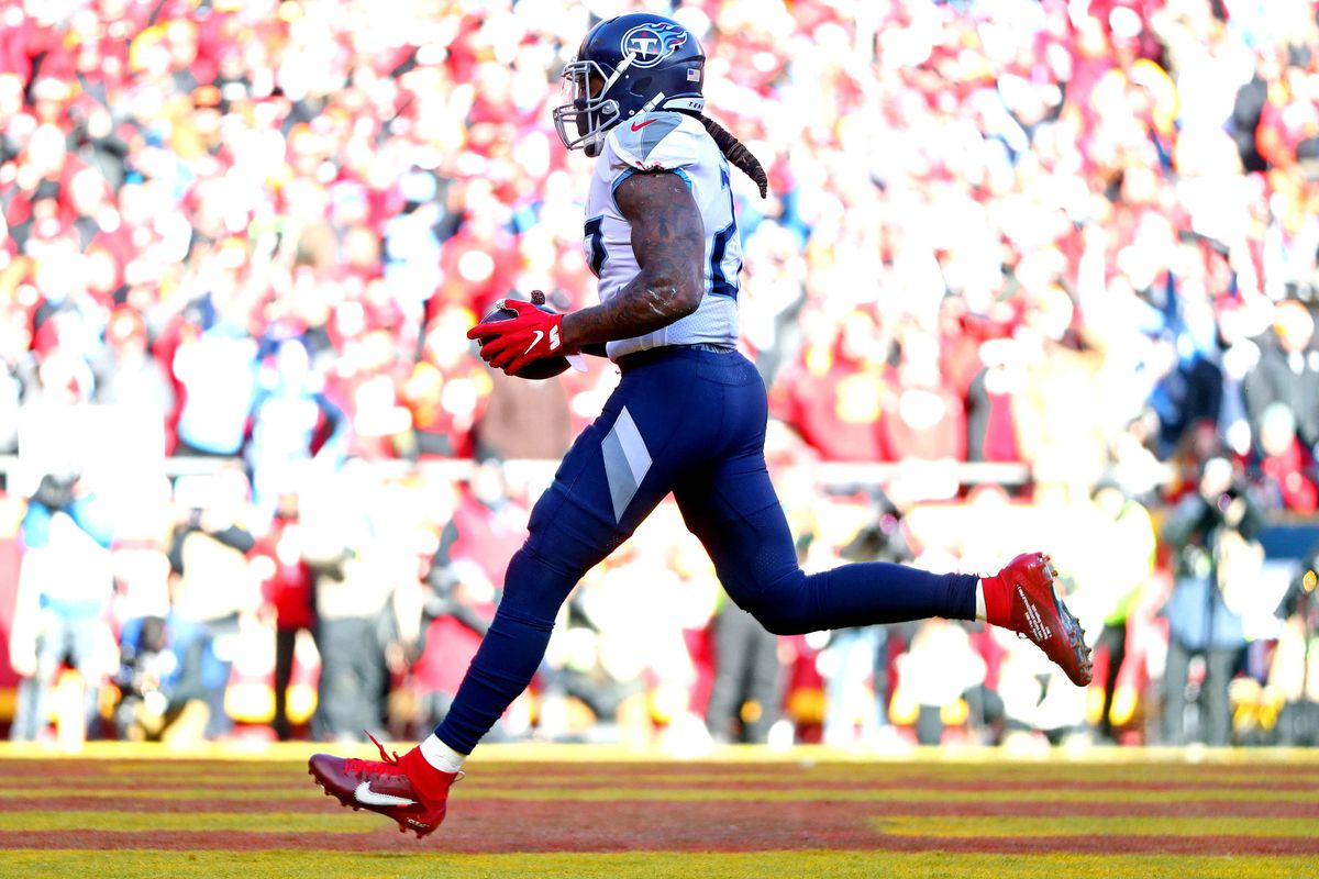 Tennessee Titans running back Derrick Henry shoes a touchdown against Kansas City Chiefs cornerback Charvarius Ward during the first quarter in the AFC Championship Game at Arrowhead Stadium.