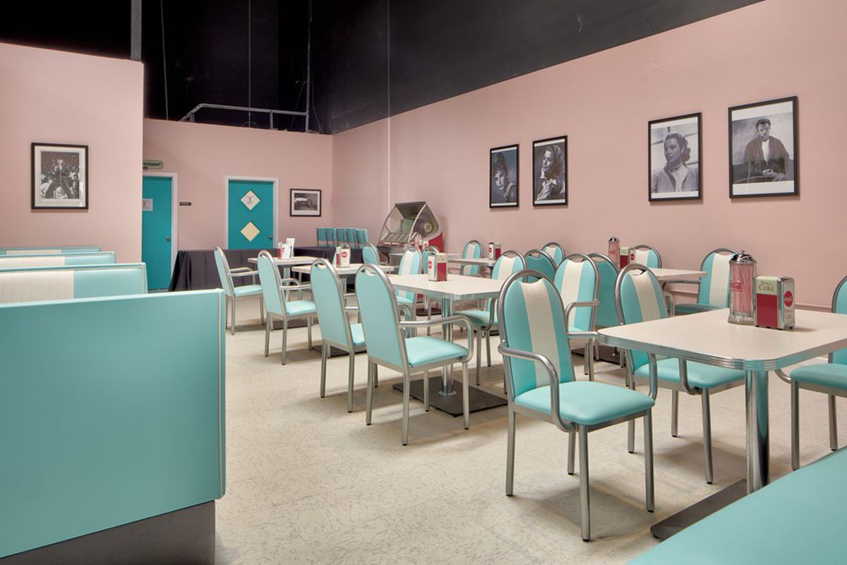 Blue and pink diner