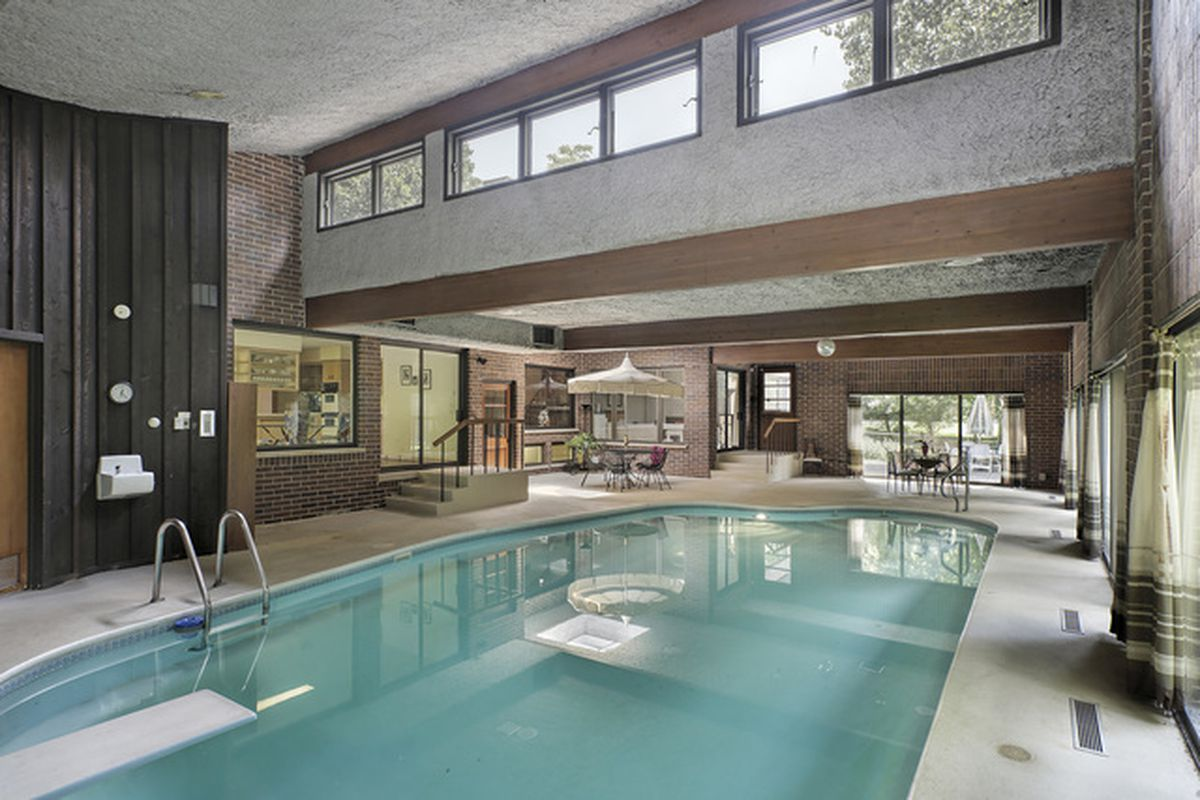 Retro Winnetka Home With Indoor Pool Takes Big Price Cut