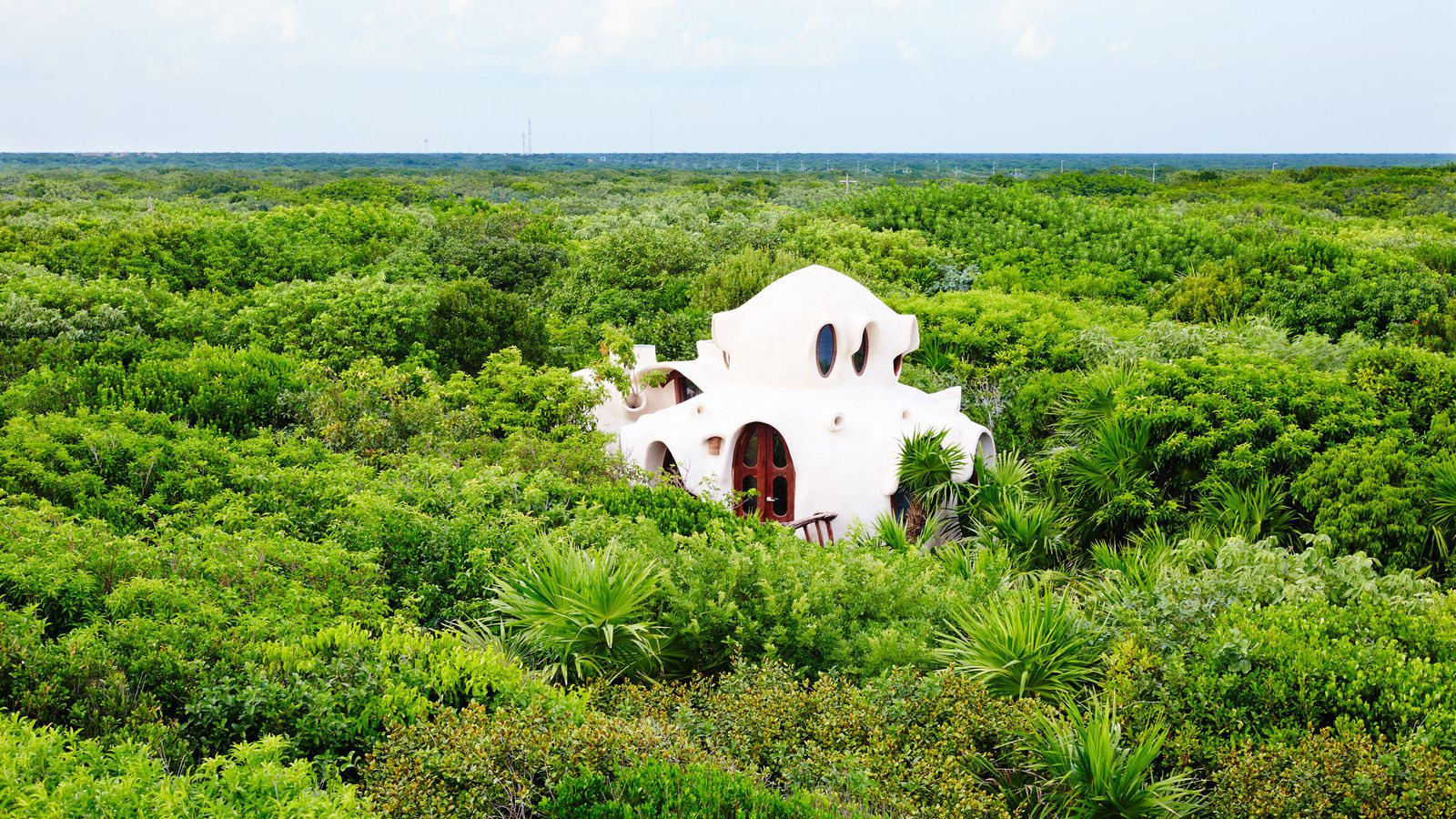 In Mexico Gaud 237 Esque Treehouse Looks Out Over Jungle And