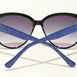 "<b>Guess</b> Alessia 30th Anniversary Retro Sunglasses, <a href=""http://shop.guess.com/Catalog/View/Women%27s%20Accessories/Eyewear/30th%20Anniversary%20Retro%20Sunglasses%20-%20Alessia/GU%207185%20W"">$90</a>"
