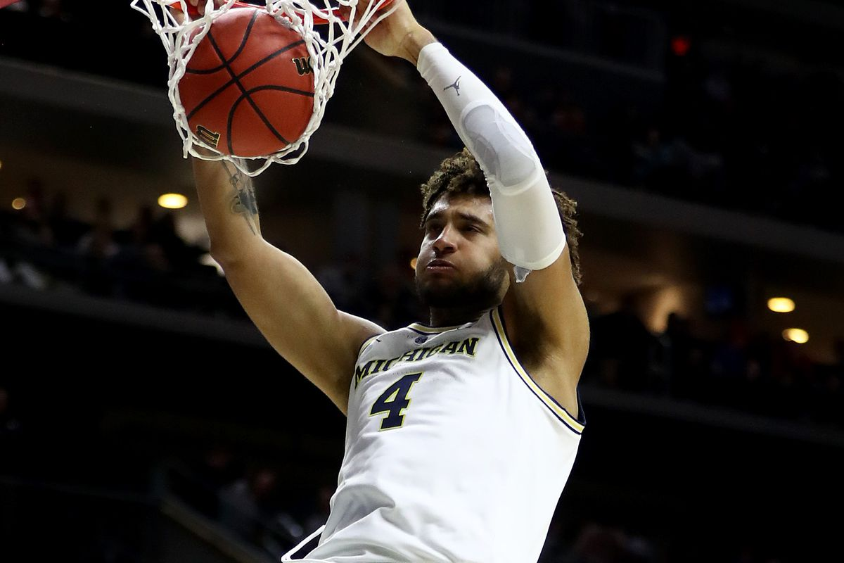 Isaiah Livers of the Michigan Wolverines dunks the ball against the Florida Gators during the second half in the second round game of the 2019 NCAA Men's Basketball Tournament at Wells Fargo Arena on March 23, 2019 in Des Moines, Iowa.