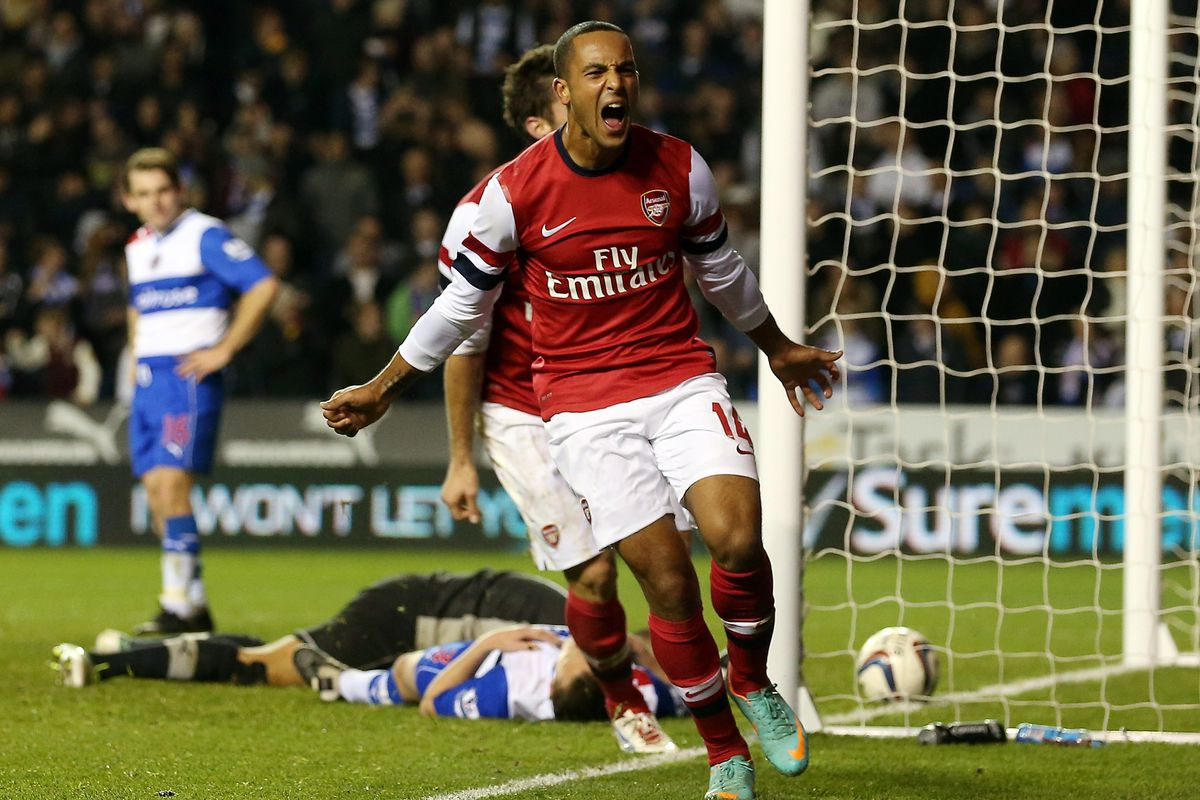 Theo Walcott completes his hat-trick of injury-time goals as Arsenal go 6-5 ahead.