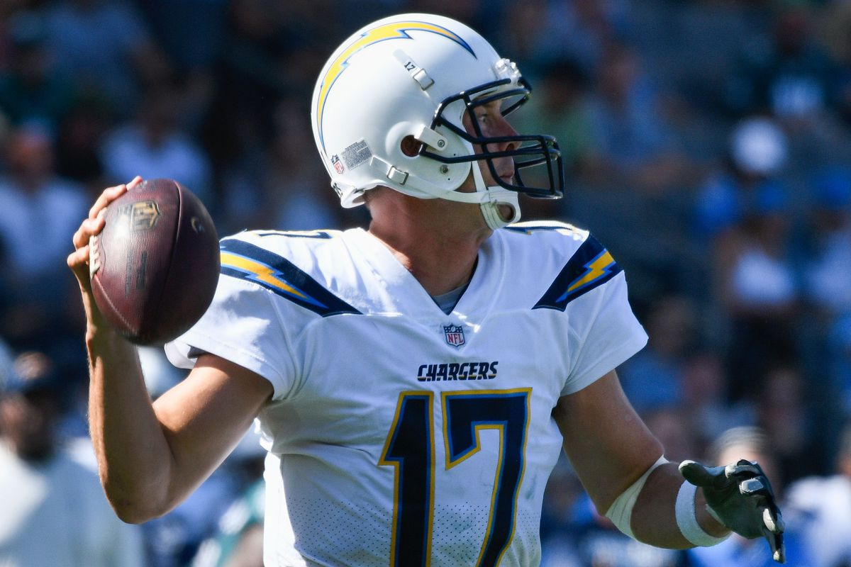 NFL: Philadelphia Eagles at Los Angeles Chargers