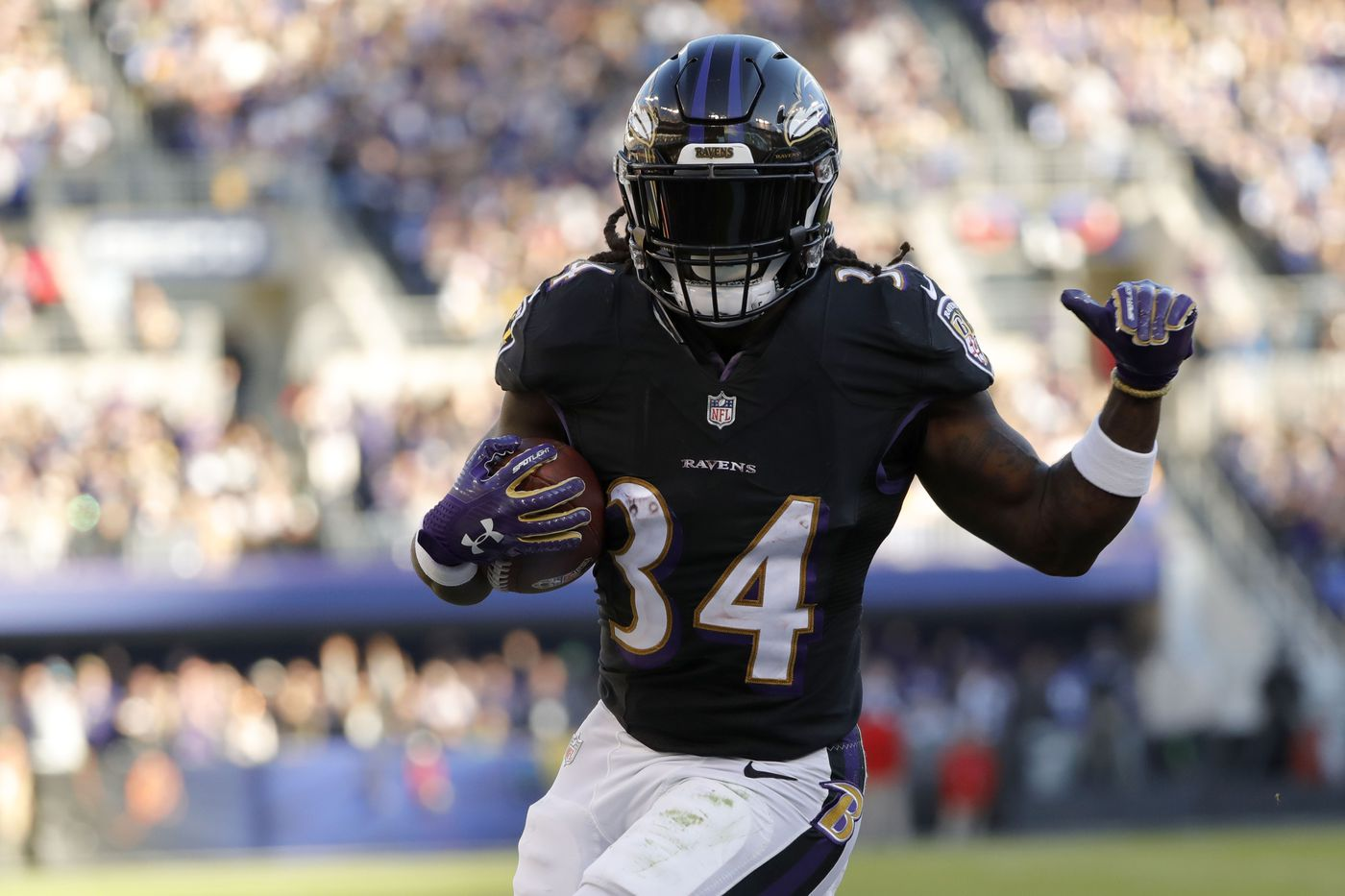 Alex Collins comes in, could it be three former Seahawks in the ...