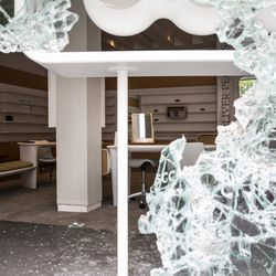 Oliver Peoples at 941 N. Rush St. after looting broke out overnight in the Gold Coast and surrounding neighborhoods, Monday morning, Aug. 10, 2020.