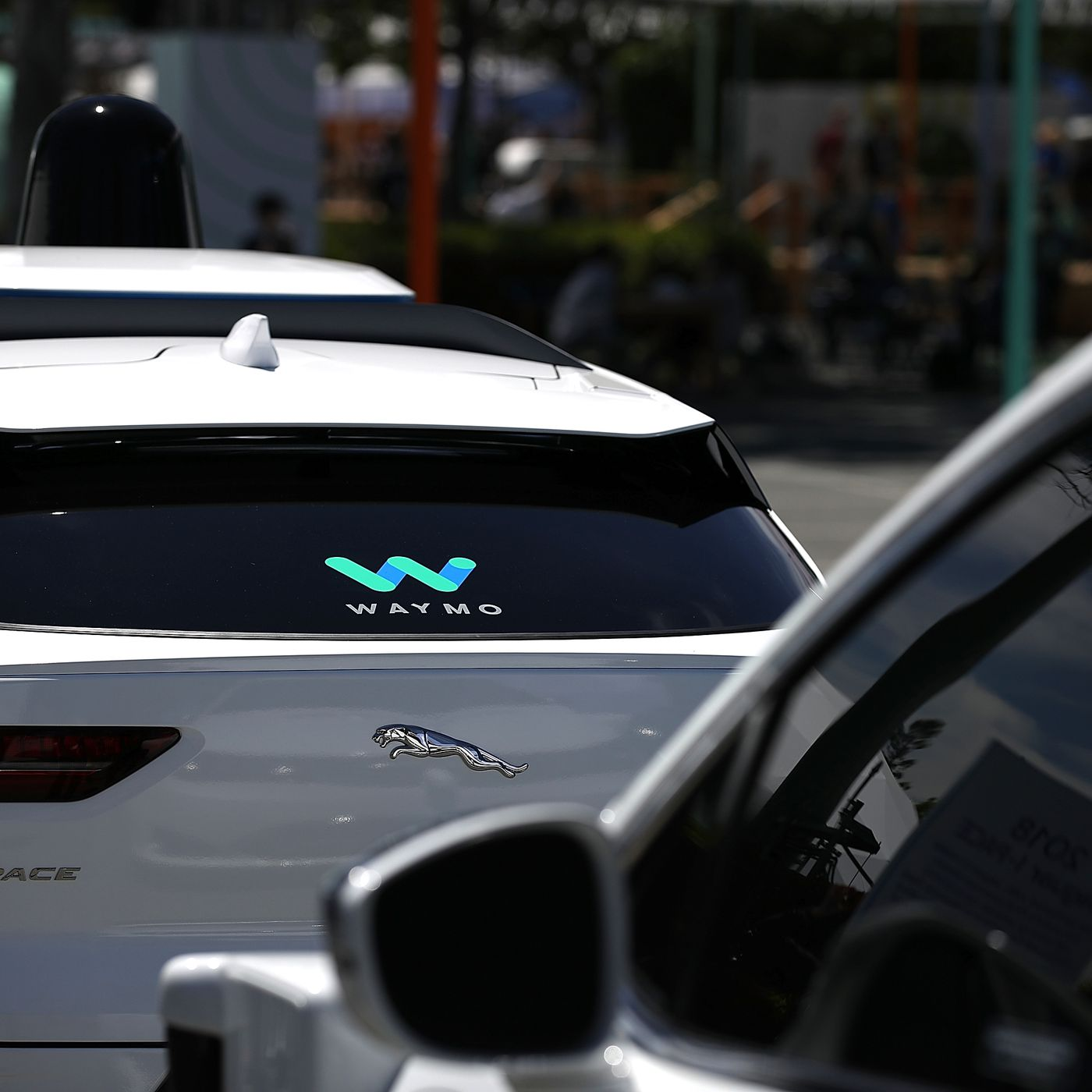 vox.com - Kelsey Piper - This is the most important moral question about self-driving cars