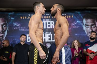 011 Viktor Postol x Mohamed Mimoune - Easter, Barthelemy make weight, stare at each other