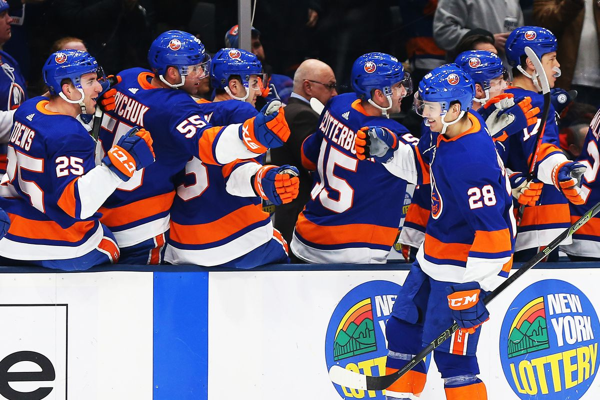 NHL: New Jersey Devils at New York Islanders