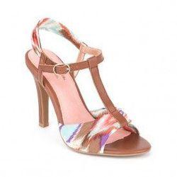 "<a href=""http://www.convertstyle.com/shoes/seychelles"">Seychelles</a>"