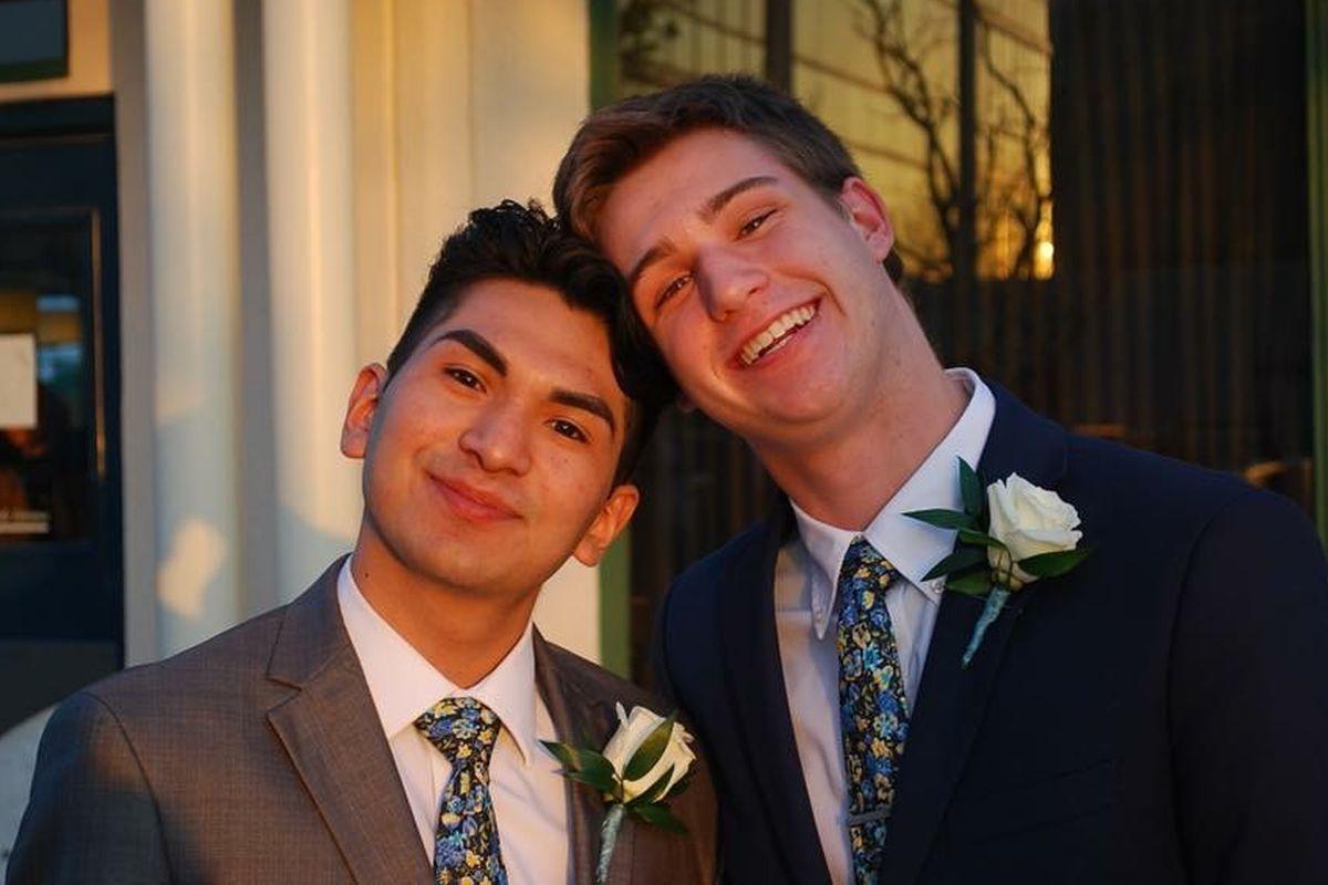 gay freshman dating senior
