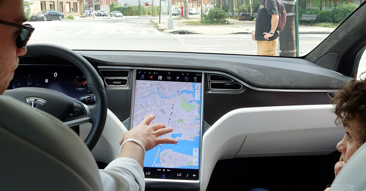 tesla-asked-to-recall-158-000-cars-for-failing-touchscreens