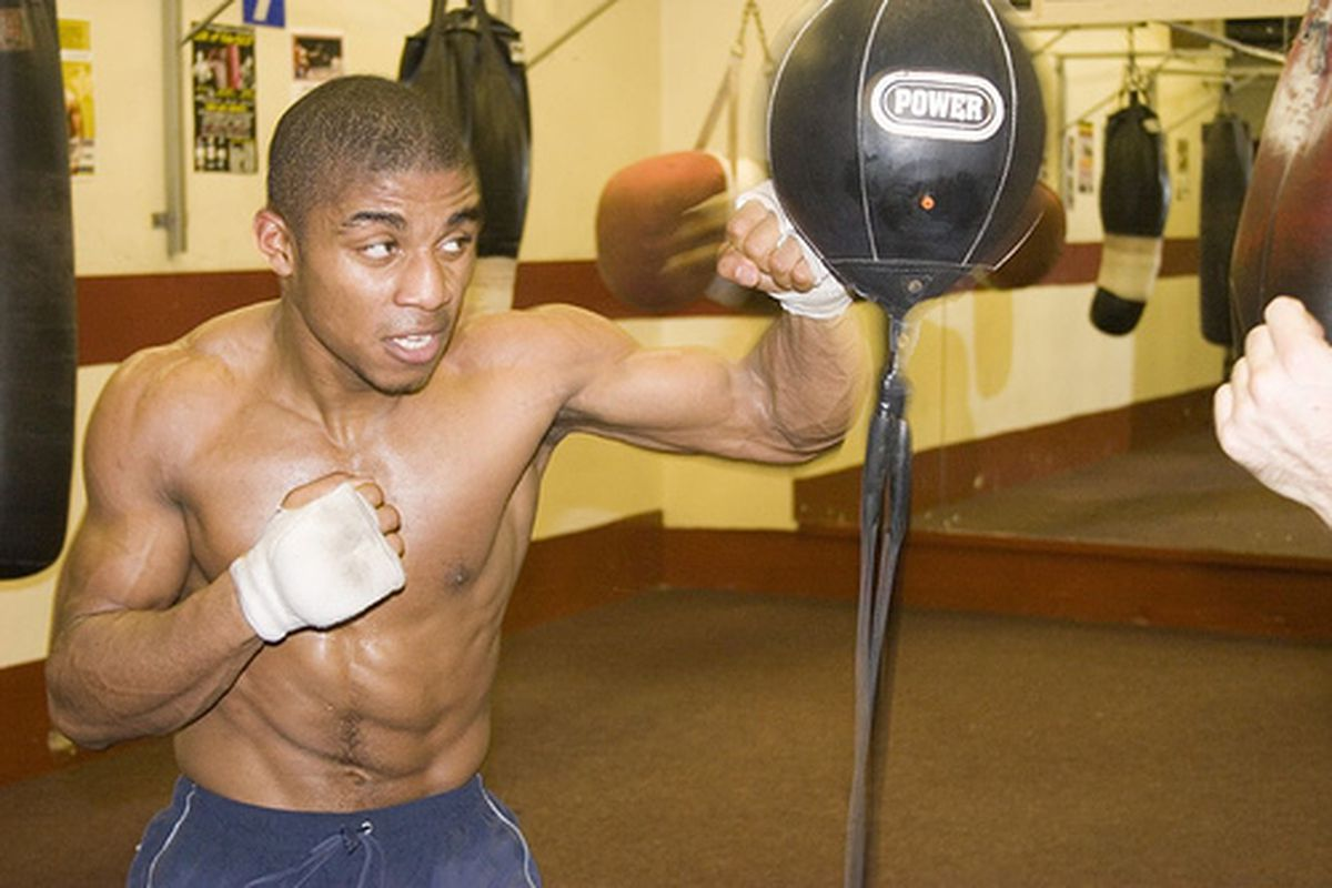 Denton Vassell won the British welterweight title in his first fight to go over six rounds.  In other news, the Denton Vassell all-stars are exactly the opposite of the Reggie Cleveland all-stars.