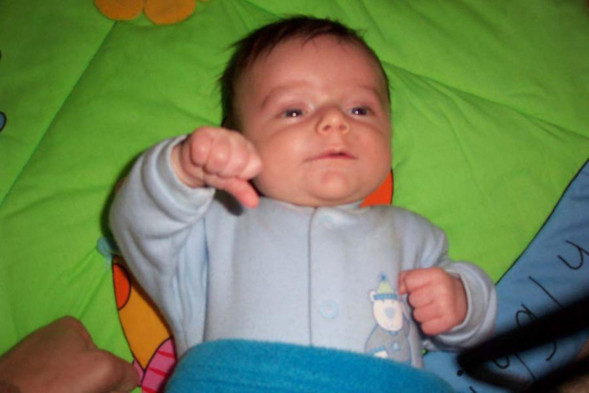 """via <a href=""""http://craigandtanya.com/images/Thumbs%20down.jpg"""">craigandtanya.com</a>"""