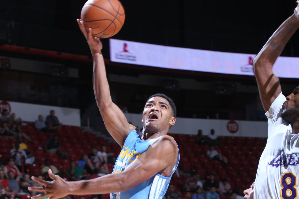 Gary Harris scored 18 points for the Nuggets against the Lakers.