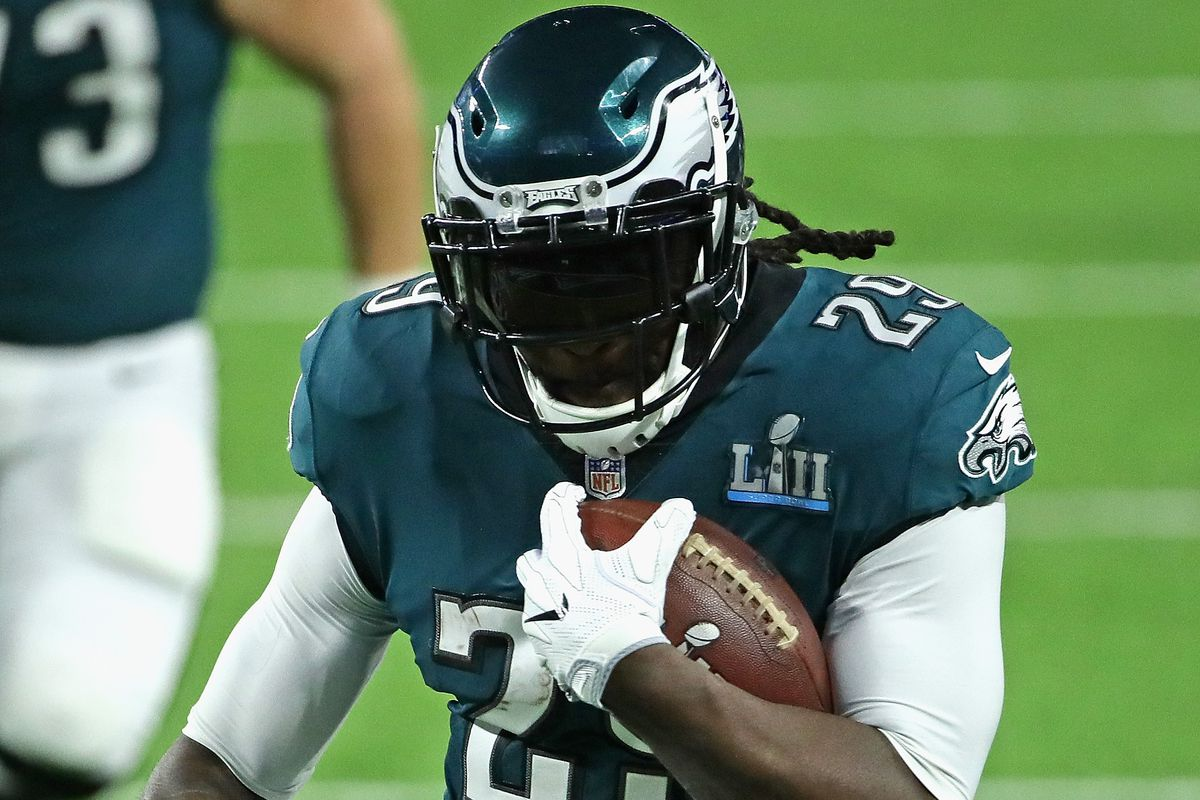 Lions, Blount Agree to 1-Year Deal