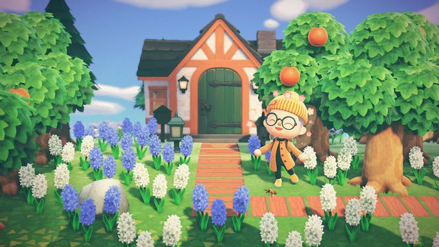 an Animal Crossing: New Horizons player shows off their house