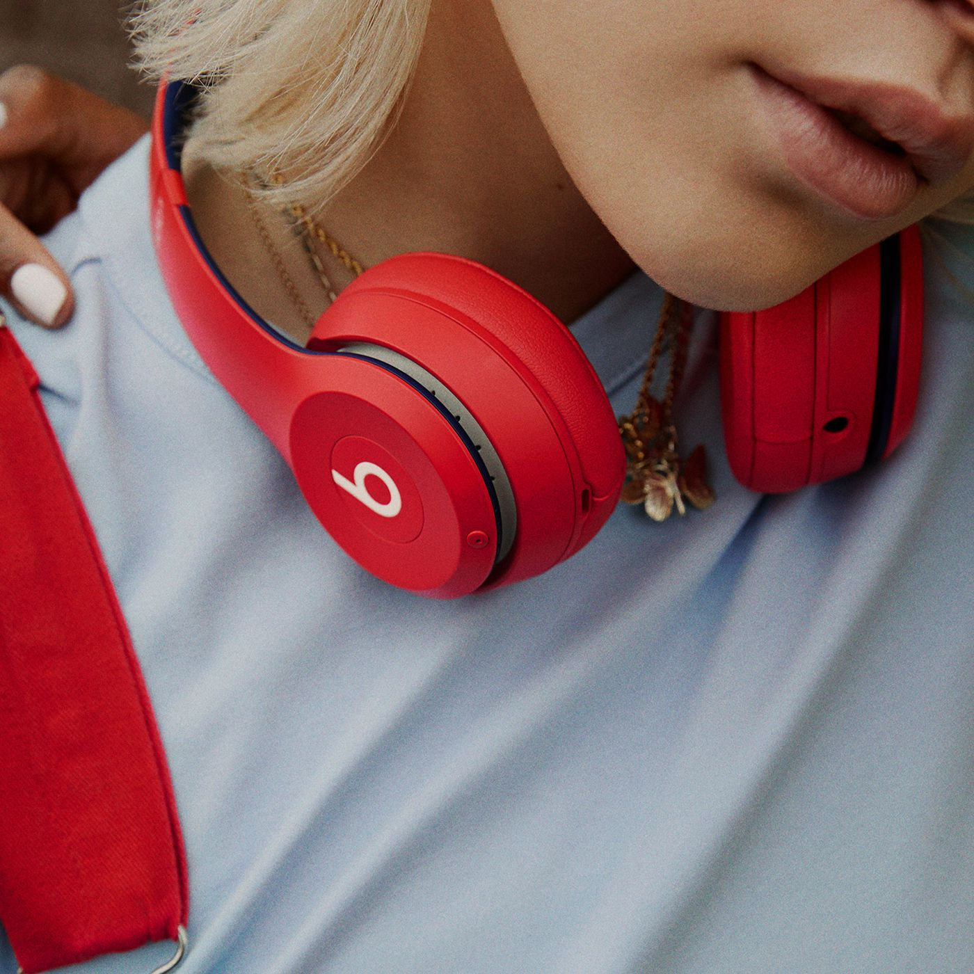 Apple Refreshes Beats Solo3 Colors Leaves Internals Unchanged The Verge