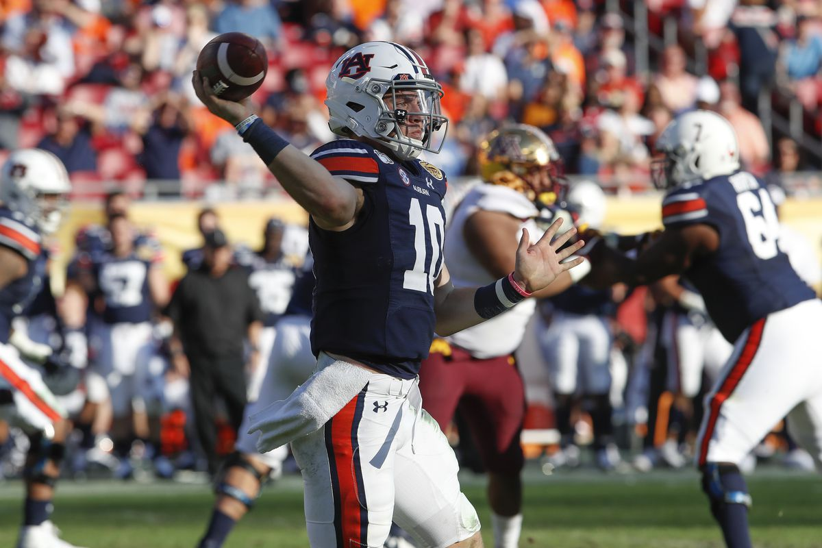 Auburn Tigers quarterback Bo Nix during the Outback Bowl between the Auburn Tigers and Minnesota Golden Gophers on January 01, 2020 at Raymond James Stadium in Tampa, FL.