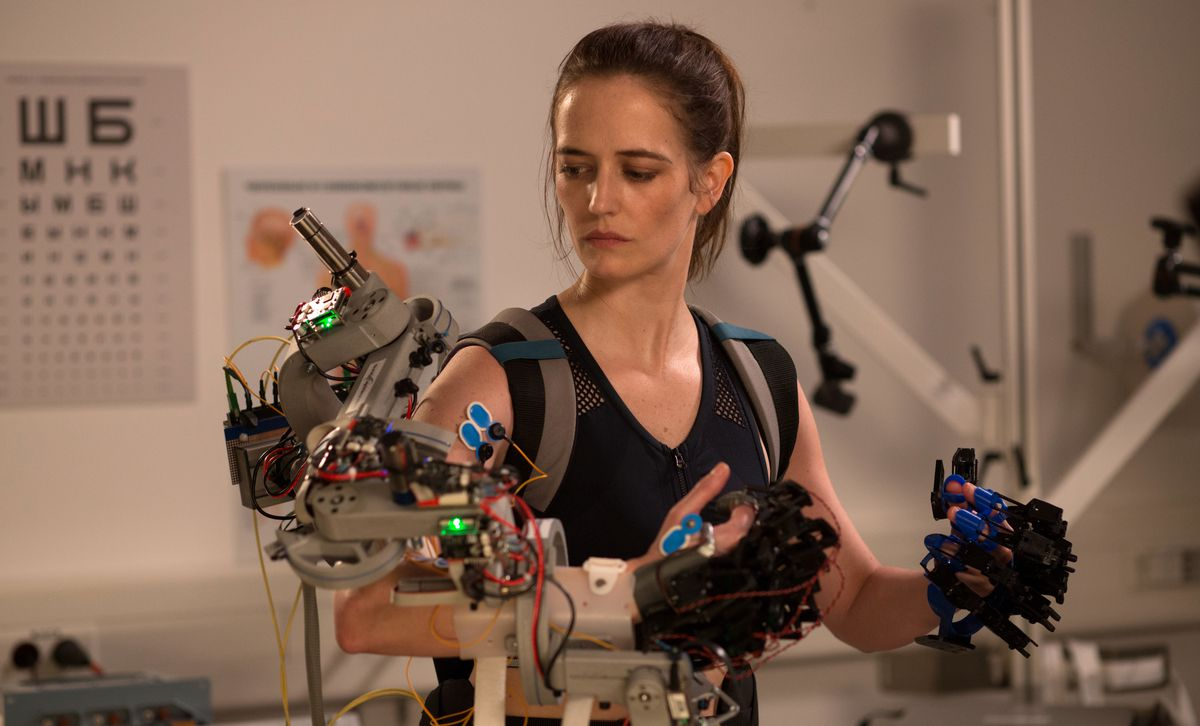 Eva Green tests out a series of waldo gloves in Proxima