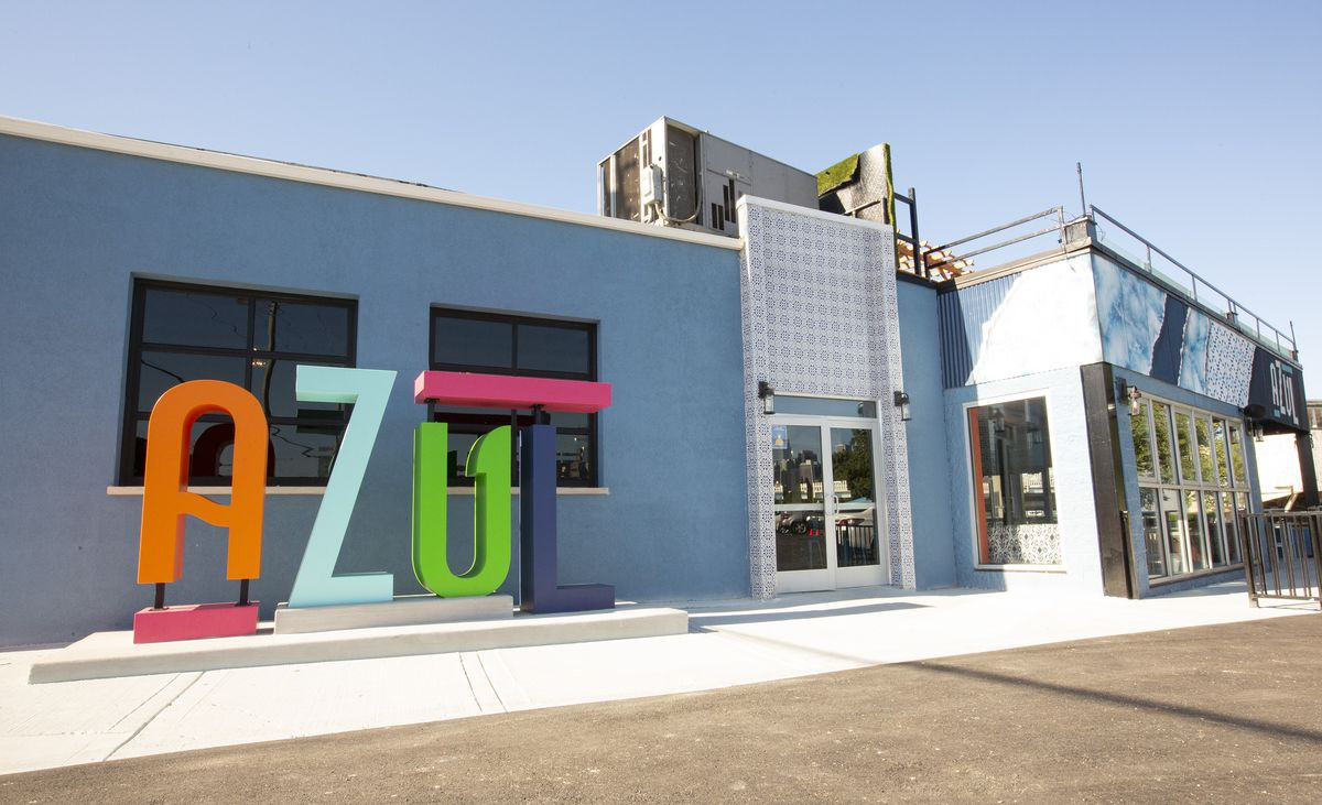 """The letters """"AZUL"""" spelled out in colors."""