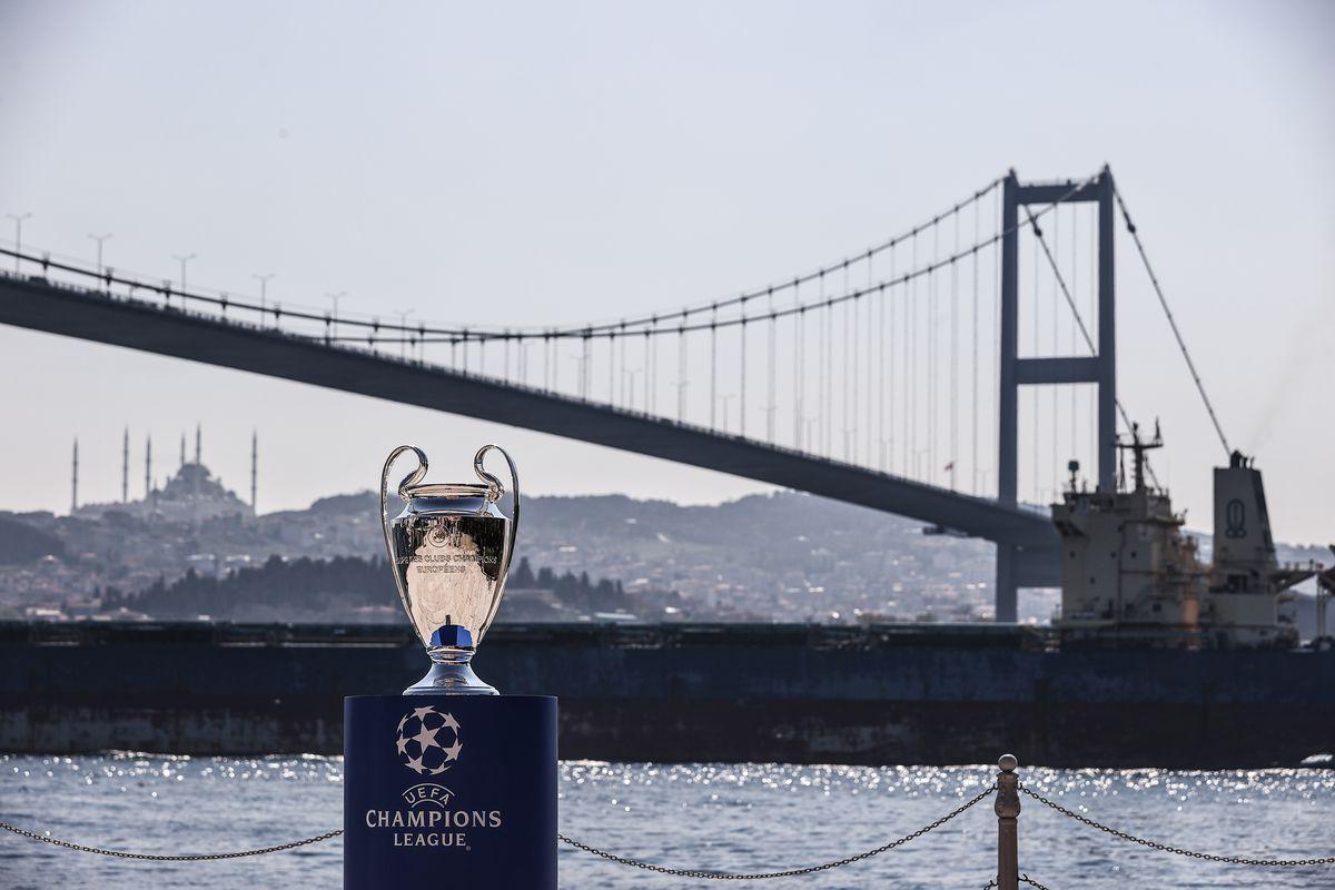 UEFA Champions League Cup in Istanbulâââââââ