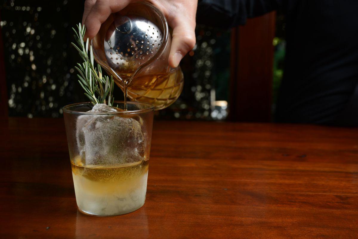 1886 Bar cocktail