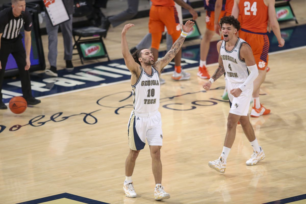 College basketball to bet on today queens plate 2021 betting