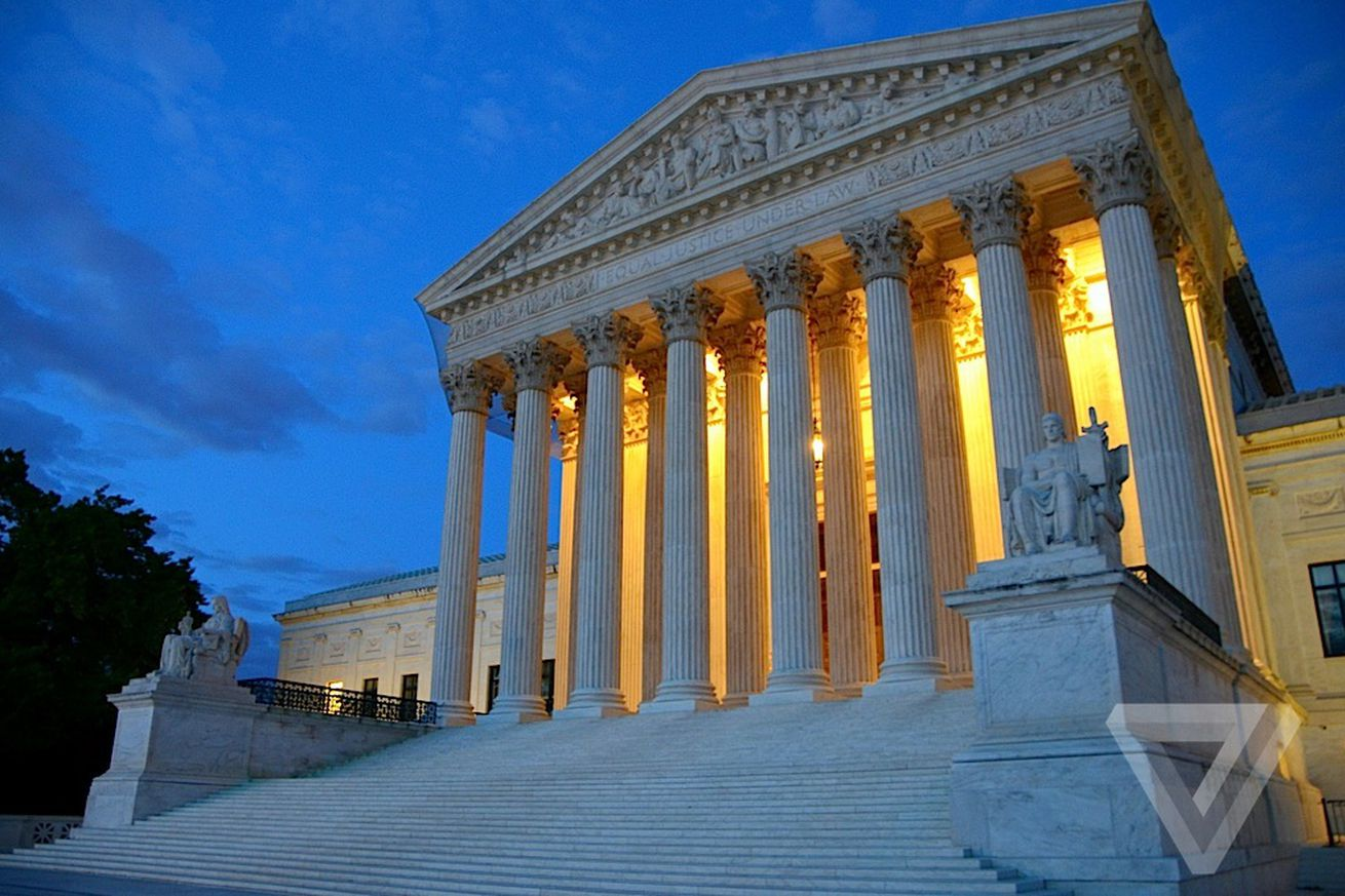 doj and fcc request supreme court vacate 2016 net neutrality ruling