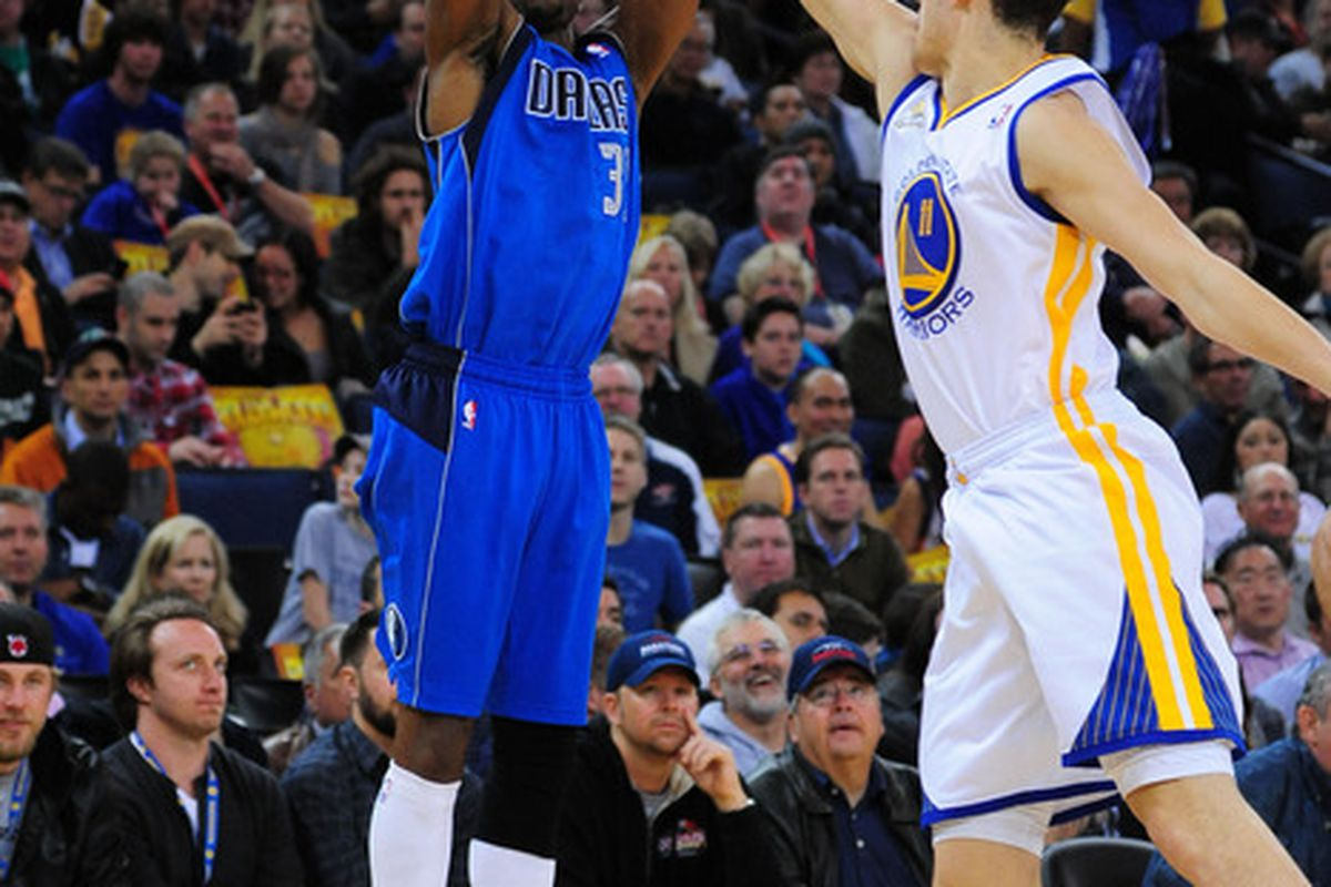 April 12, 2012; Oakland, CA, USA; Dallas Mavericks shooting guard Jason Terry (31) shoots the ball against the Golden State Warriors during the second quarter at ORACLE Arena. Mandatory Credit: Kyle Terada-US PRESSWIRE