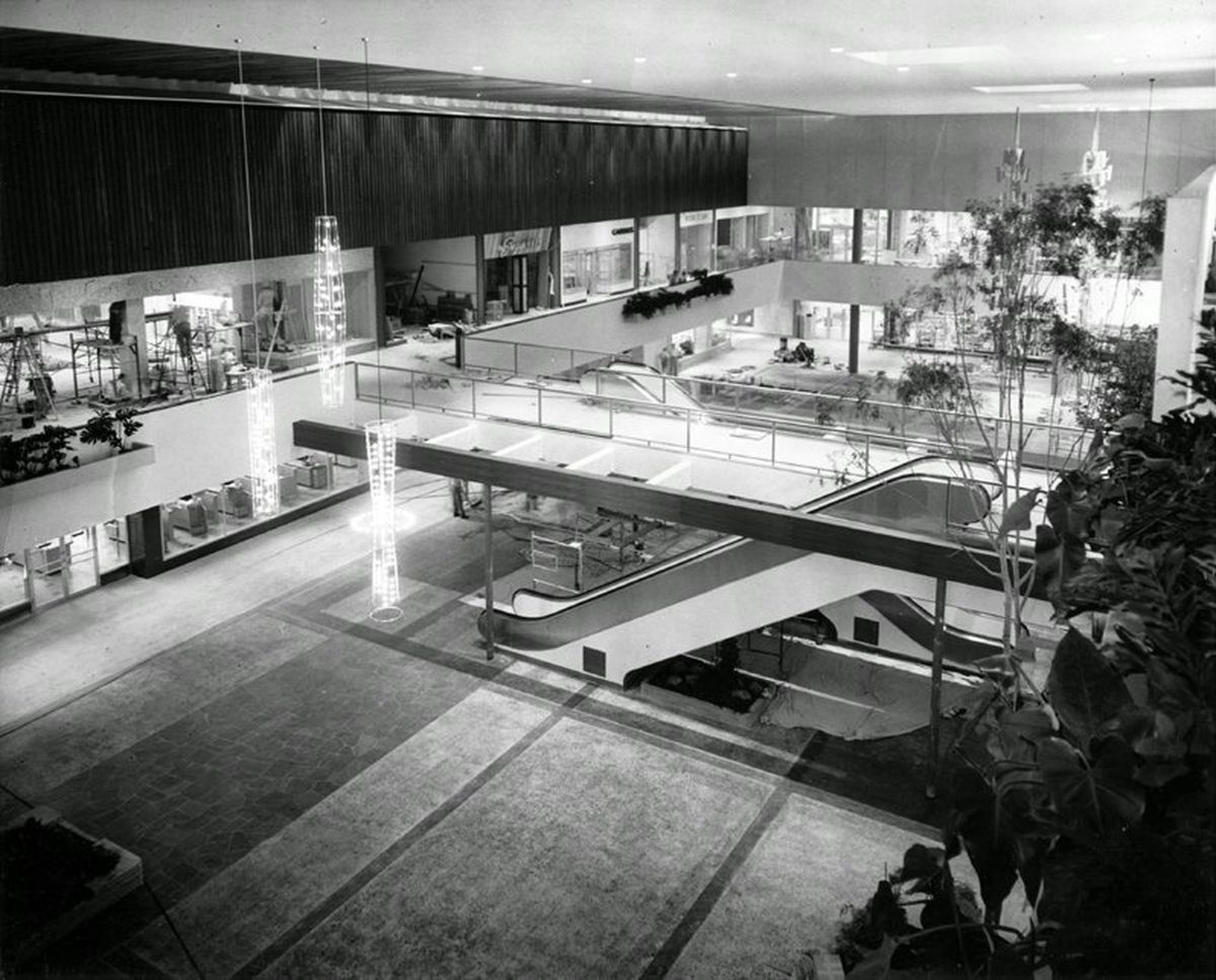 how the cold war shaped the design of american malls curbed