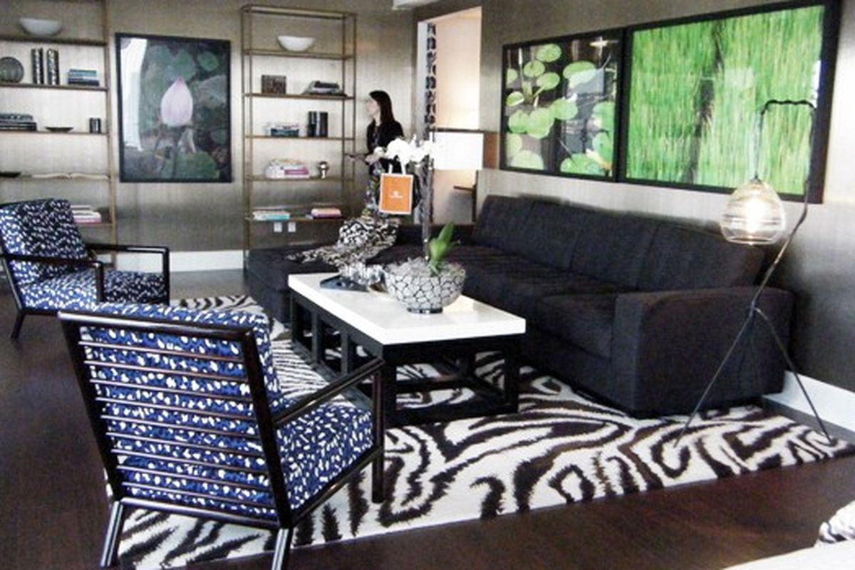 """Classy, modern, and probably very $$$. The Diane Von Furstenberg home collection. Via <a href=""""http://ny.racked.com/archives/2010/09/16/aldyn.php"""">Racked NY</a>"""