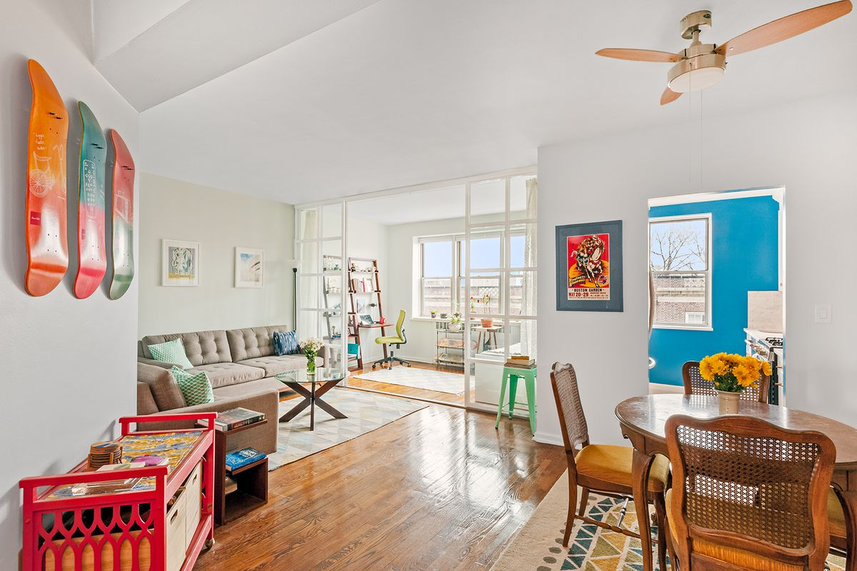 For under $450K, an airy Jackson Heights co-op with a mod kitchen ...