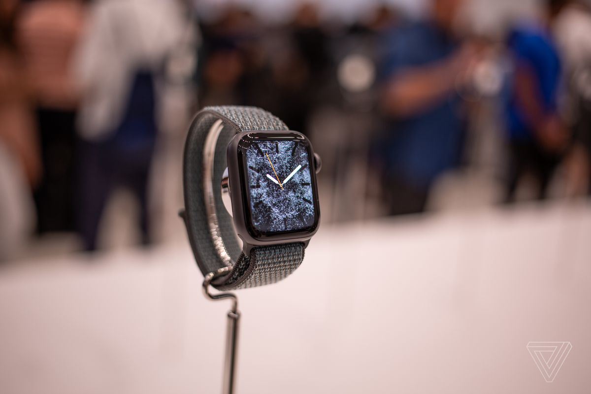 64c3fcc0a95 The Apple Watch stole the show from this year s new iPhones - The Verge