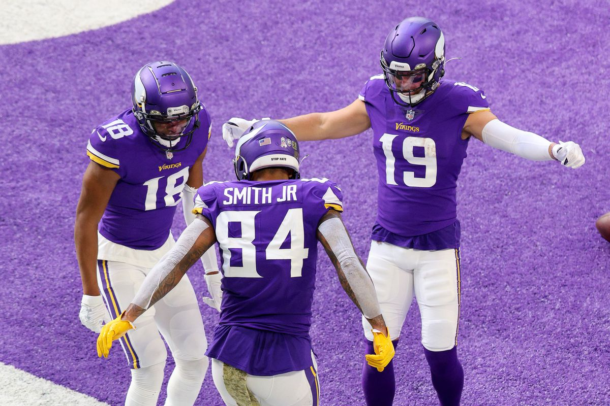 Adam Thielen, Justin Jefferson fantasy football start/sit advice: What to  do with Vikings WRs in Week 10 on MNF - DraftKings Nation