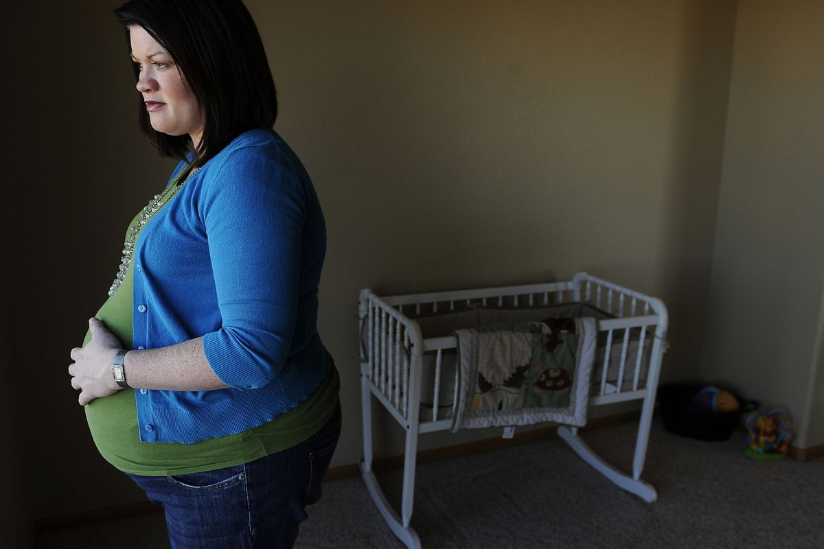 American moms are increasingly poor when they have kids.