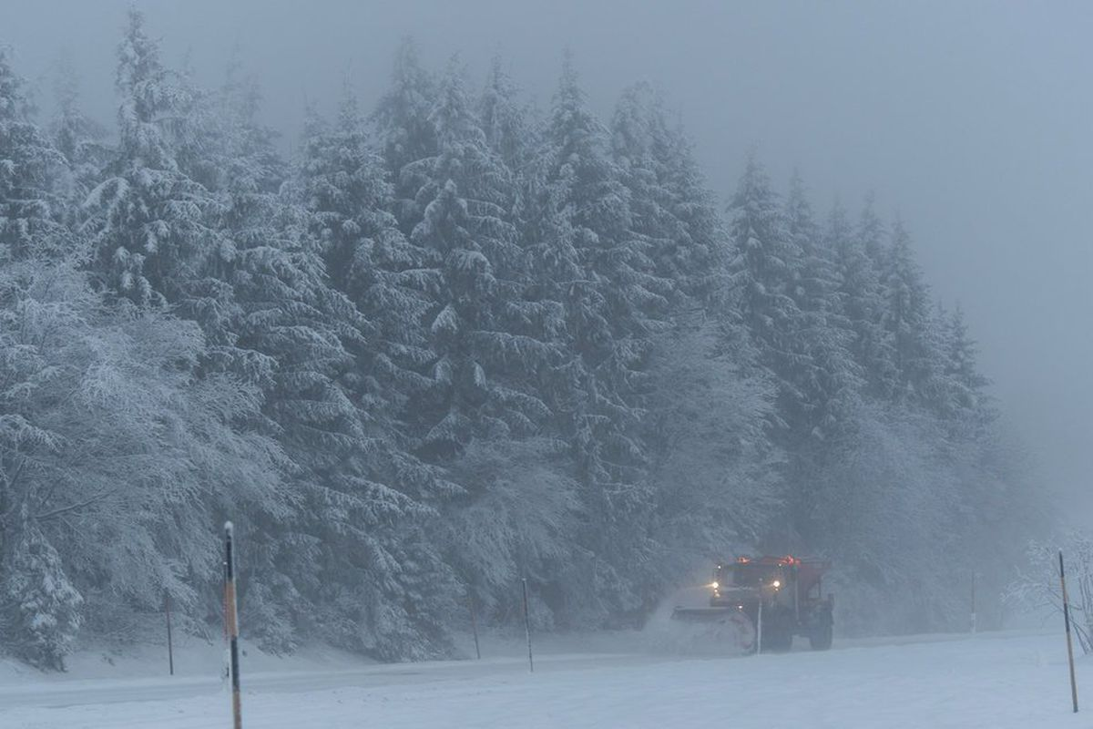 355fd3a55 Winter storm blasts Europe; 13 dead amid heavy snow, gusts - Chicago ...