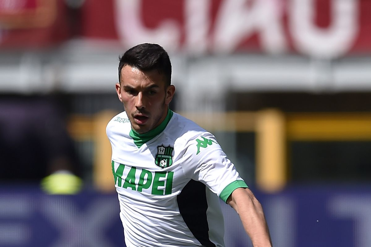Nicola Sansone in action for Sassuolo