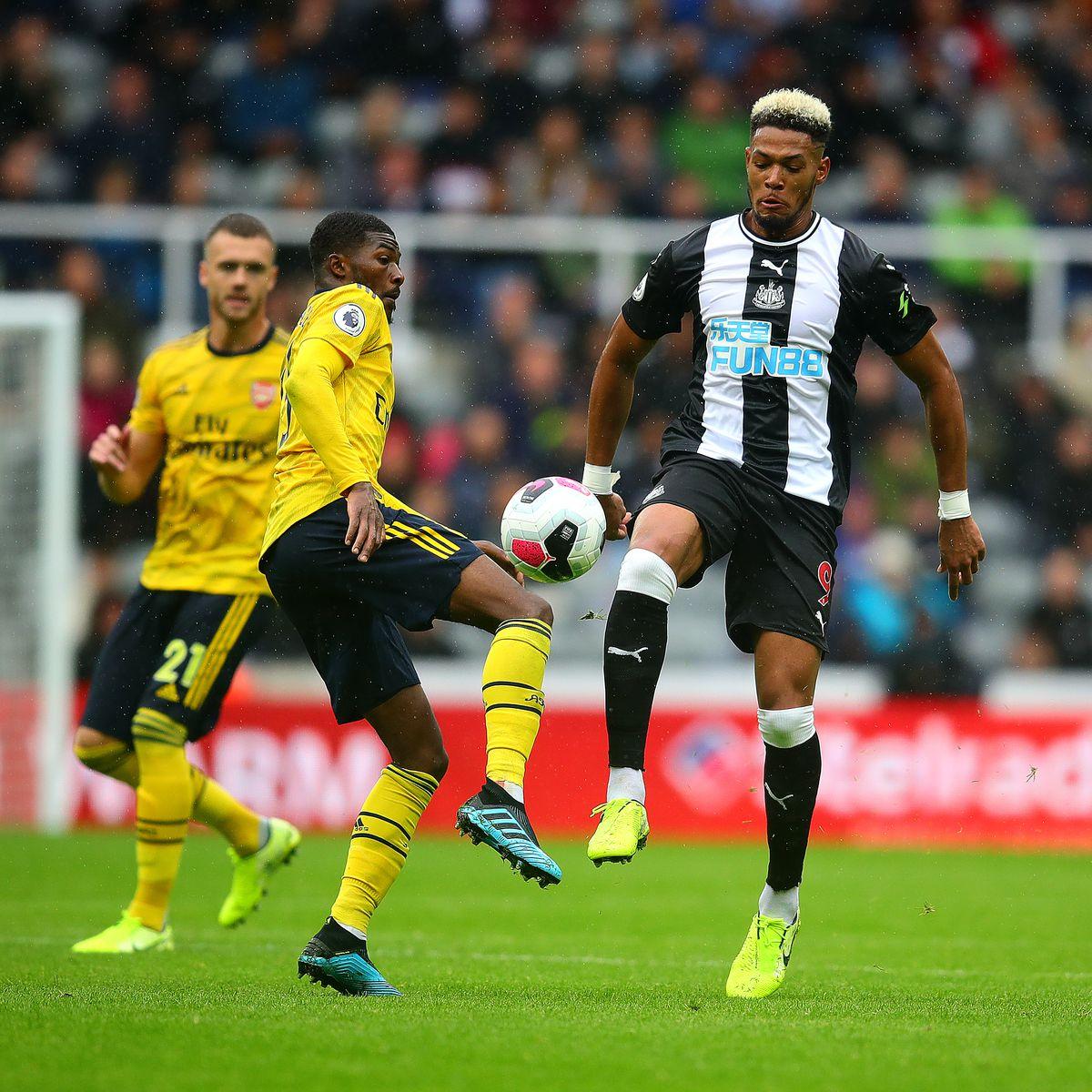 Newcastle United v Arsenal FC - Premier League