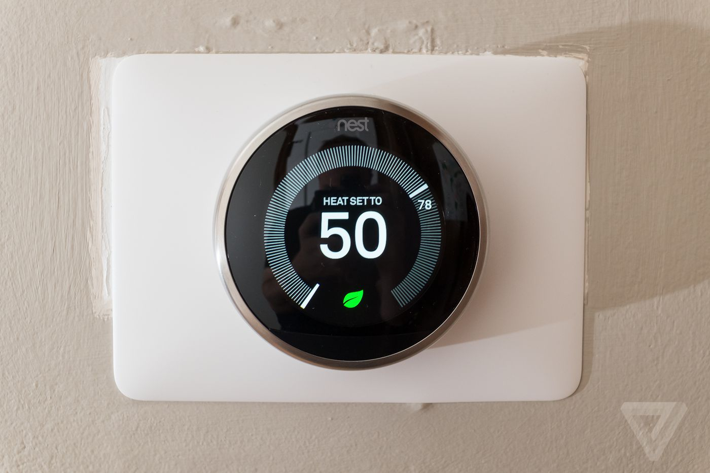 Google And Honeywell Resolve Patent Dispute Over Nests - Nest thermostat apartment