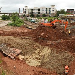Another angle on Edgewood Avenue Bridge construction. When finished, the avenue will have direct Beltline access.