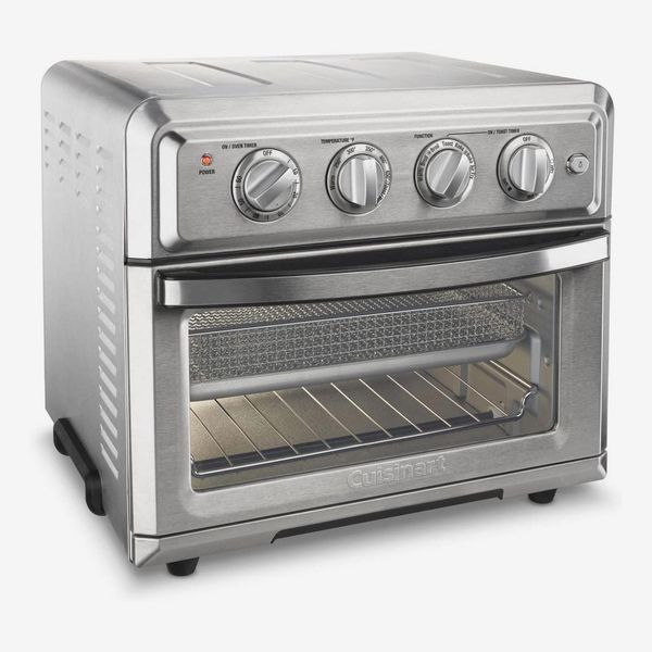 A stainless steel Cuisinart toaster oven