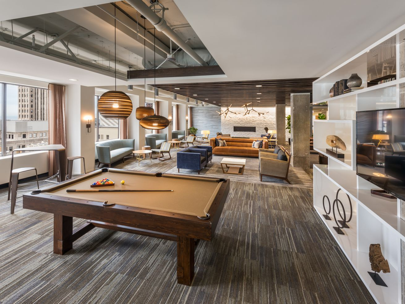 Today?s offices are taking design cues from hotels?and homes