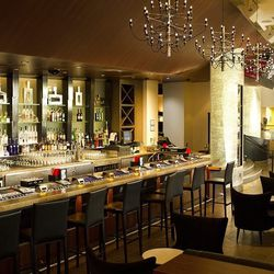 The front bar at Center Cut Steakhouse.