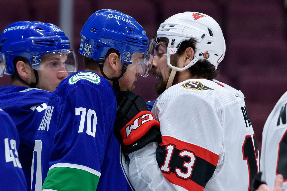 NHL: JAN 27 Senators at Canucks