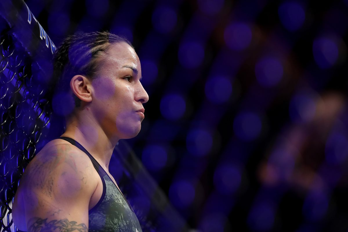 Raquel Pennington is in the cage before taking on Holly Holm during their bantamweight bout at UFC246 at T-Mobile Arena on January 18, 2020 in Las Vegas, Nevada.