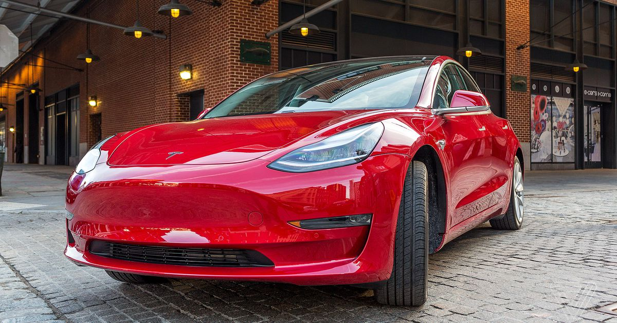 Tesla starts rolling out biggest software update ever with Spotify, Netflix, YouTube, and more