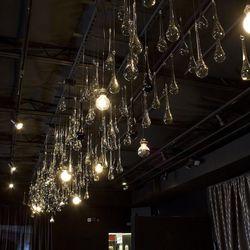 The lighting at Mingo Kitchen & Bar.