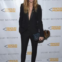 The first Olivia of the evening, Olivia Palermo, bucks the trend by wearing the Stewart Weitzman 'Nudist' sandal in black.